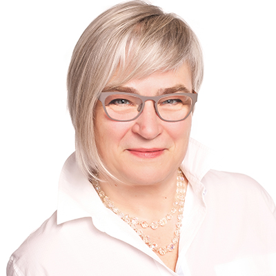 Leslie Robinson, MA (Adult Ed)